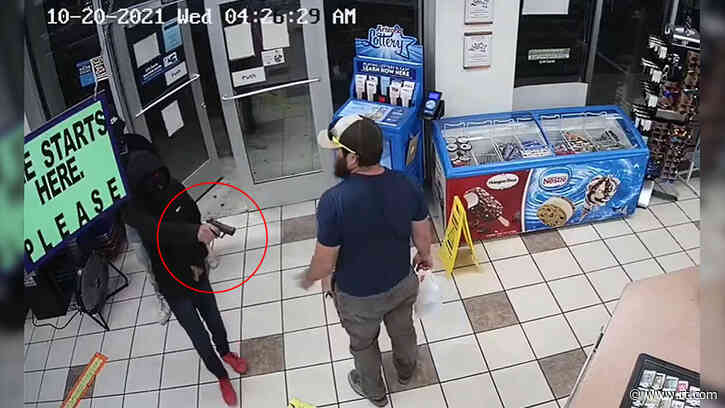 Don't mess with Marines: US veteran single-handedly halts attempted ARMED robbery in the blink of an eye (VIDEO)