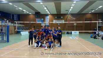 Die Volleyballer vom ASV Dachau gewinnen gegen DJK München-Ost.