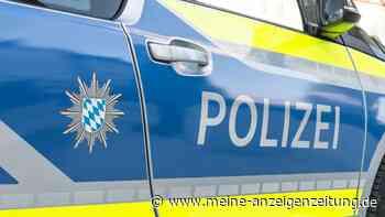 Betrunkener Autofahrer vor Polizeiinspektion geschnappt