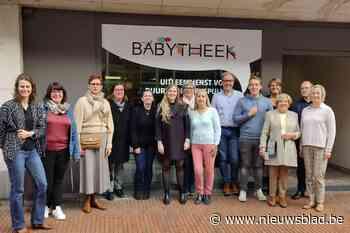 In babytheek kunnen ouders goedkoop spullen lenen