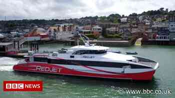 Southampton-Isle of Wight ferries disrupted by three separate incidents