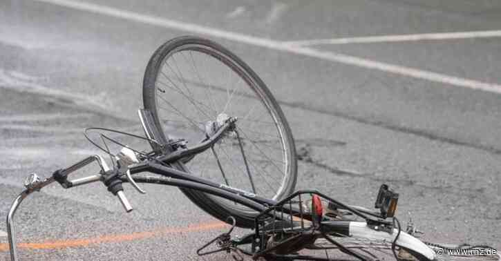Heidelberg:  14-jährige Radfahrerin stürzt auf Motorhaube