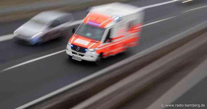Frau bei Reinigungsarbeiten eingeklemmt und verletzt