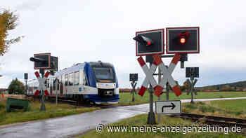 Todesfalle Bahnübergang: Zugführer schildert  dramatische Erfahrung - elf Tote in Bayern 2020