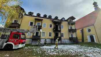 Brand eines Mehrfamilienhauses in Bayern - drei Frauen und ein Baby tot