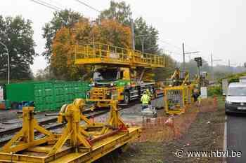 """Opnieuw wordt een stukje Limburgs spoor elektrisch: """"Techniek die niet vaak wordt toegepast"""""""