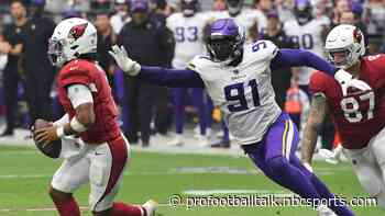 Vikings trading Stephen Weatherly to Broncos