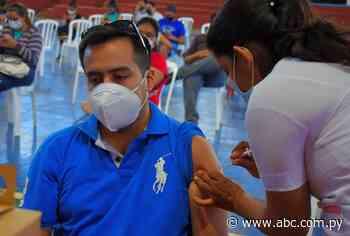 Vacunaron más de 2.000 personas en Villarrica - ABC Color