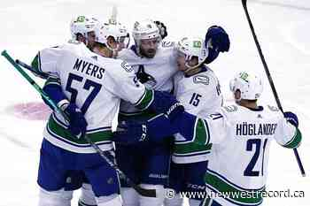 Vancouver Canucks beat winless Blackhawks 4-1 - The Record (New Westminster)