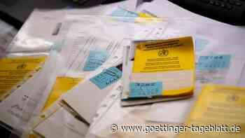 Schlag gegen Betrüger - immer mehr gefälschte Corona-Impfausweise