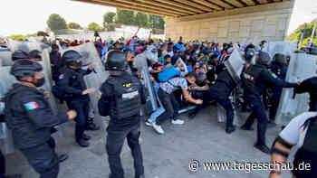 Mexiko: Mehr als 2000 Migranten auf dem Weg zur US-Grenze