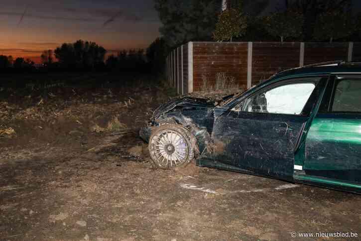 Garagist crasht met BMW