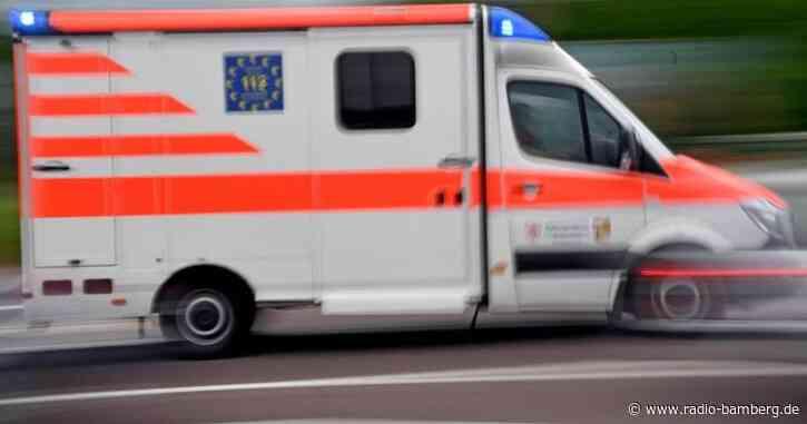 Frau bei Unfall lebensgefährlich verletzt