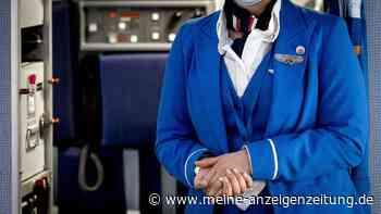 Experte enthüllt: Das prüfen Stewardessen heimlich, wenn Sie ins Flugzeug steigen