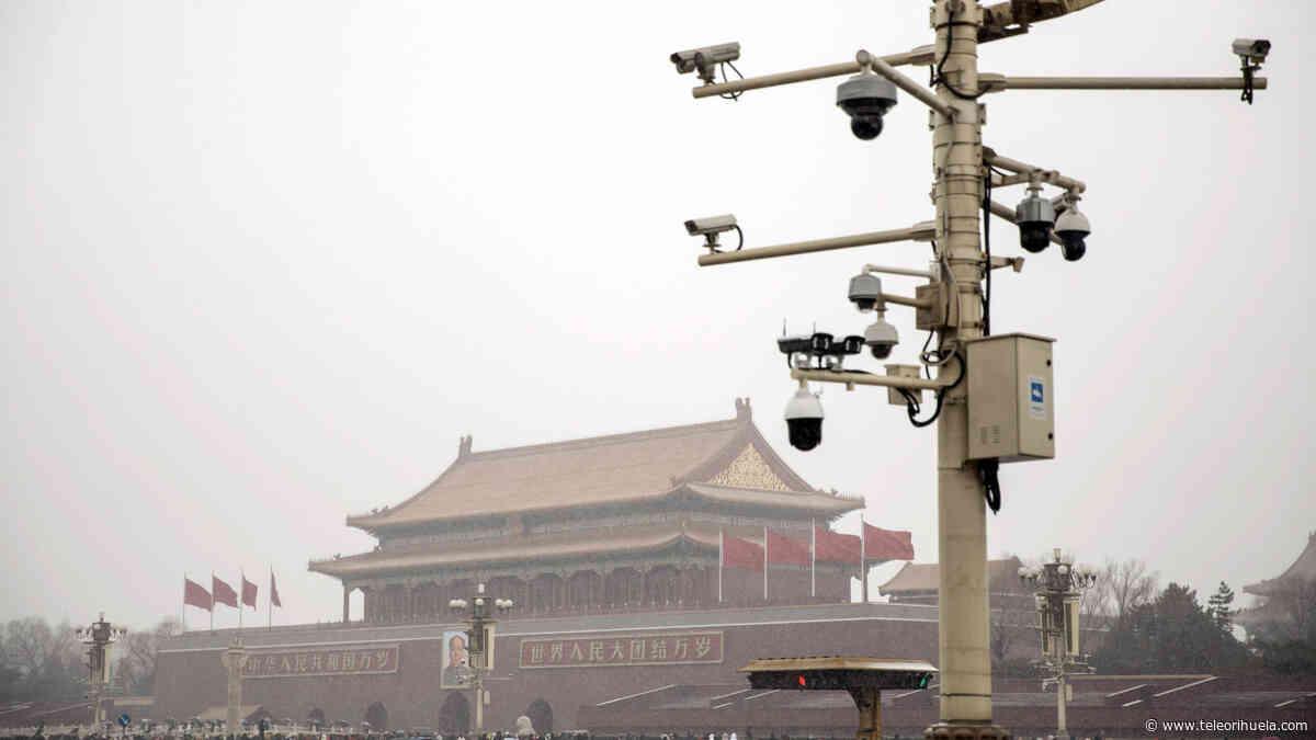 La gente en Internet se ríe y grita del sistema de monitoreo de terror de China - Tele Orihuela