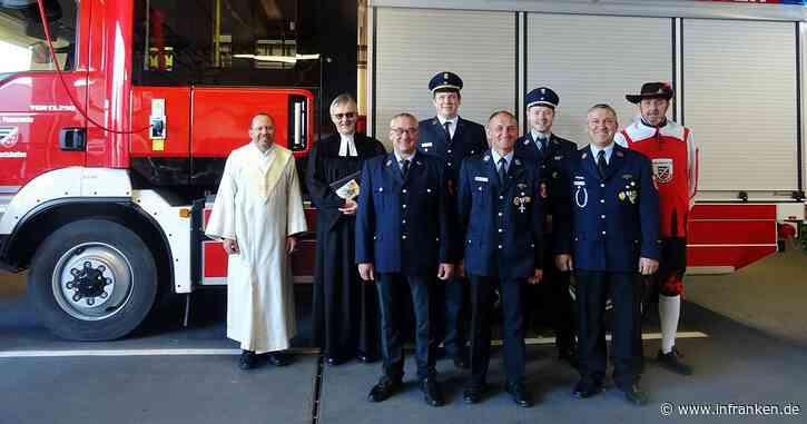 Weihe des neuen Einsatzfahrzeuges der Albertshöfer Feuerwehr