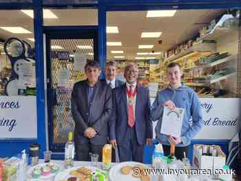 Croydon shop assistant receives local hero award - In Your Area