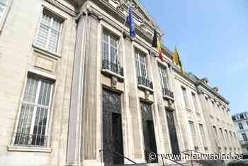 24.000 euro boete gevraagd voor man die afval verbrandt in cilindertanks