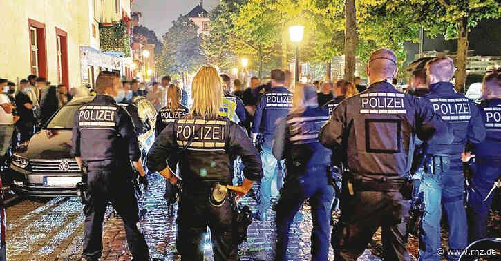 Heidelberg:  Warum die Stadt ein Alkoholverkaufs-Verbot in Teilen der Altstadt plant (Update)