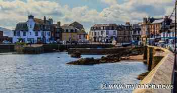 The amazingly pretty island town in Scotland so beautiful cyclists flock there every year - My London