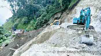 Traffic on NH55 restored, work on to repair NH10 - Telegraph India