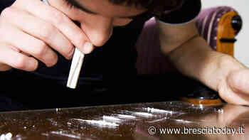 Spaccia cocaina insieme al fratello: arrestato in flagranza dalla polizia - BresciaToday