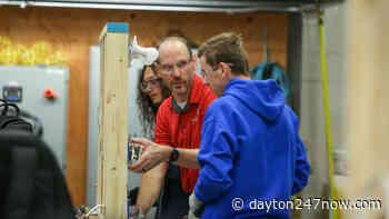 Teacher wins $100,000 grand prize for Upper Valley Career Center program - Dayton 24/7 Now