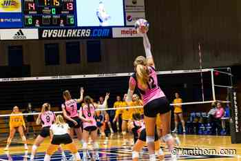 GV volleyball duo dominates annual 'Dig Pink' match - Grand Valley Lanthorn