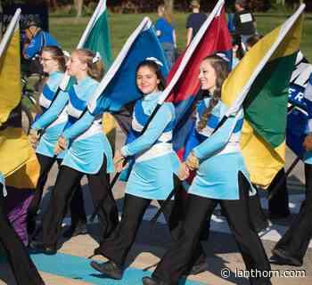 Color guard welcomes a powerhouse freshman class – Grand Valley Lanthorn - Grand Valley Lanthorn