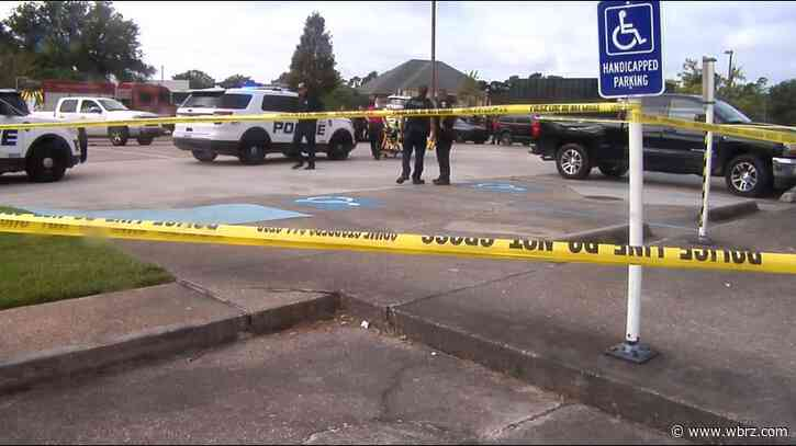 One killed in double-shooting outside Holiday Inn