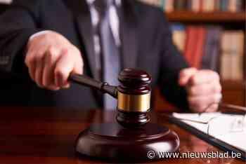 """Schriftje met """"boekhouding"""" nekt 72 jarige dief: een jaar cel"""