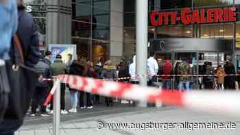 Übung: Augsburger City-Galerie am Dienstagvormittag evakuiert
