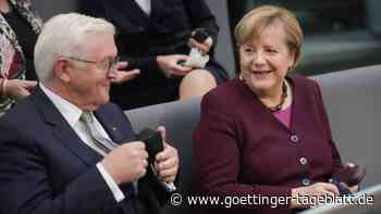 Steinmeier überreicht Merkel und ihrer Regierung die Entlassungsurkunden