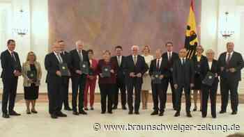 Steinmeier entlässt bisherige Bundesregierung