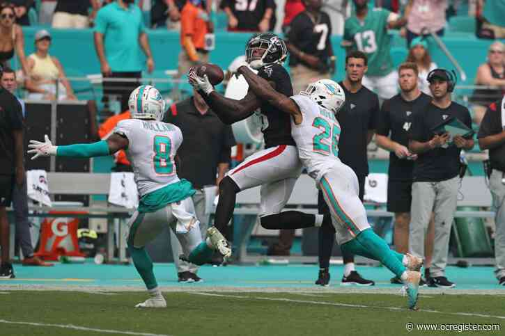 Kelly: Dolphins' defense folds when asked to deliver victory vs. Falcons | Commentary