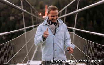 DJ Chris Montana aus Ulm dreht Video für Sunrise Sessions in Reutte in Tirol auf der highline179 - Allgäuer Zeitung