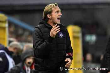 """De Roeck voor clash met ex-club Antwerp: """"Ik heb op de Bosuil zelfs nog meegewerkt aan de tribune, gaten boren enzo"""""""