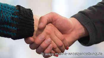 Nach Corona: Kommt Händeschütteln zurück? Wir haben uns in Bayern umgehört