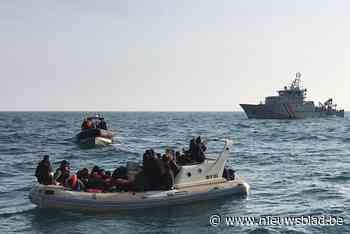 """Zoekactie naar bootje met vluchtelingen voor kust van Zeebrugge: """"Ze belden zelf hulpdiensten omdat ze al twee dagen op drift zijn"""""""