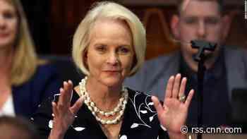Senate confirms Cindy McCain as Biden's ambassador to UN food agency
