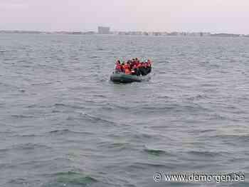 24 vluchtelingen gered voor kust van Zeebrugge: 'Opvarenden belden noodcentrale en vroegen om hulp'