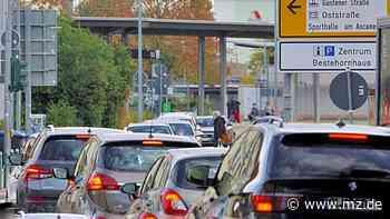 Die Geschwister-Scholl-Straße in Aschersleben kann für zwölf Tage nicht aus Richtung Bahnhof befahren werden - Mitteldeutsche Zeitung