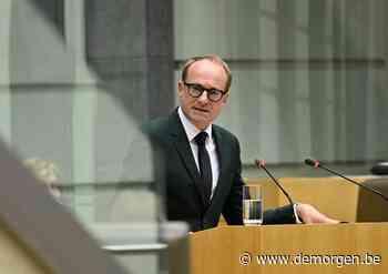 Live - Wat met de scholen nu cijfers stijgen? Onderwijsminister Weyts wordt aan de tand gevoeld in Vlaams Parlement