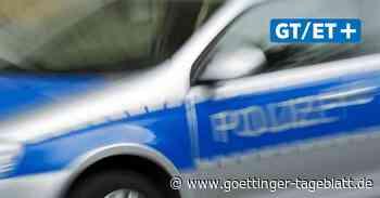 A 2: VW Jetta überschlägt sich mehrfach – Frau schwer verletzt