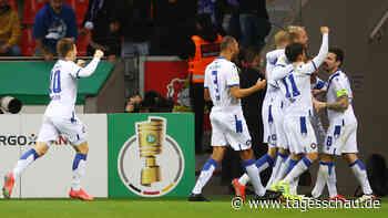 DFB-Pokal: Karlsruhe kegelt Leverkusen raus