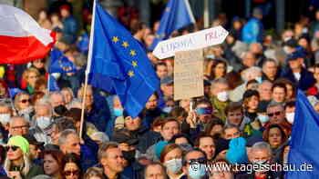 Polnische Reaktionen auf EuGH-Urteil: Gespalten in der Sache